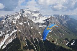 Впереди Ла Турнет - вершина 2351 м