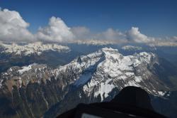 Впереди Турнет - главная вершина в округе, 2351 м