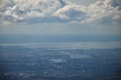 Вид на центр Петербурга с параплана над Углово