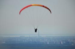 Полет на фоне Лахта-центра