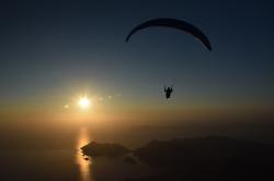 Полет на закат
