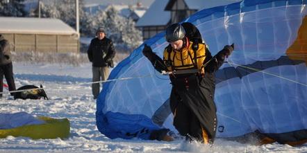 Конец зимнего парапланерного сезона в СПб